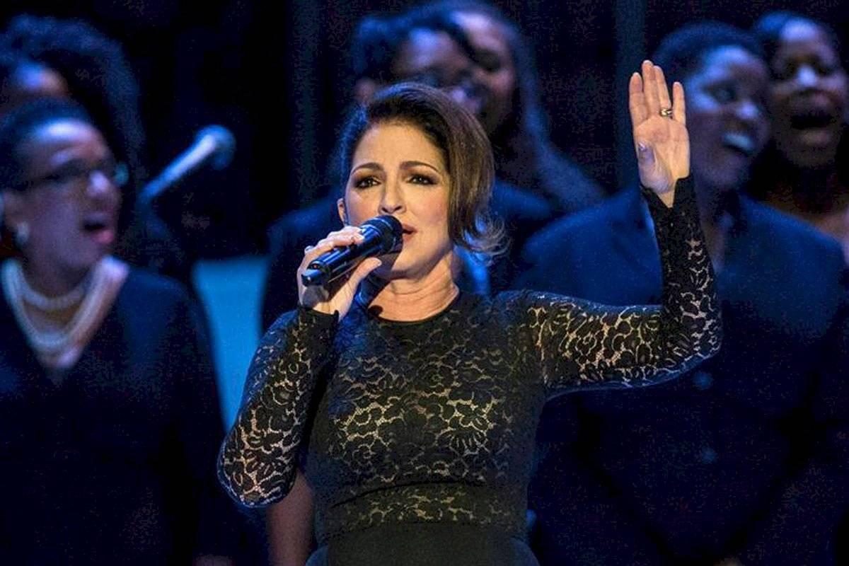 El esfuerzo de Gloria Estefan la han convertido en una de las cantantes que jamás se olvidarán.