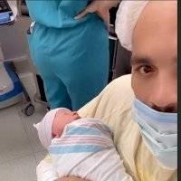 Nace segundo hijo de Julio César Chávez Jr.