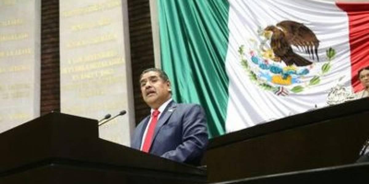 Muere de Covid-19 diputado federal del PES, Miguel Acundo
