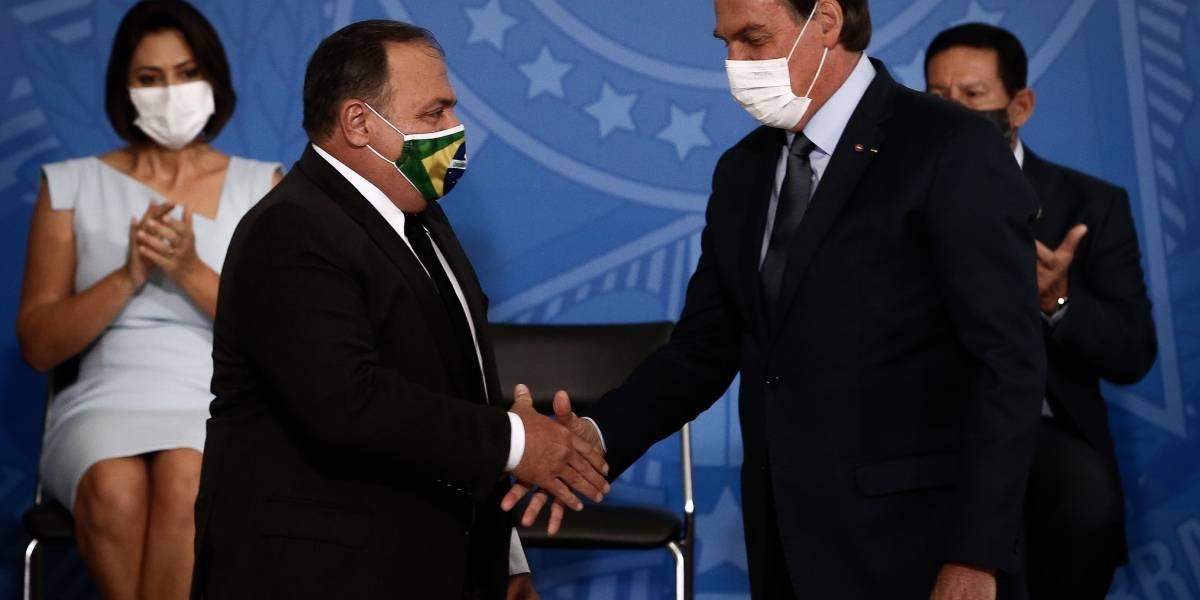 Brasil.- Bolsonaro dice en la investidura de su tercer ministro de Salud que las escuelas no debieron cerrarse