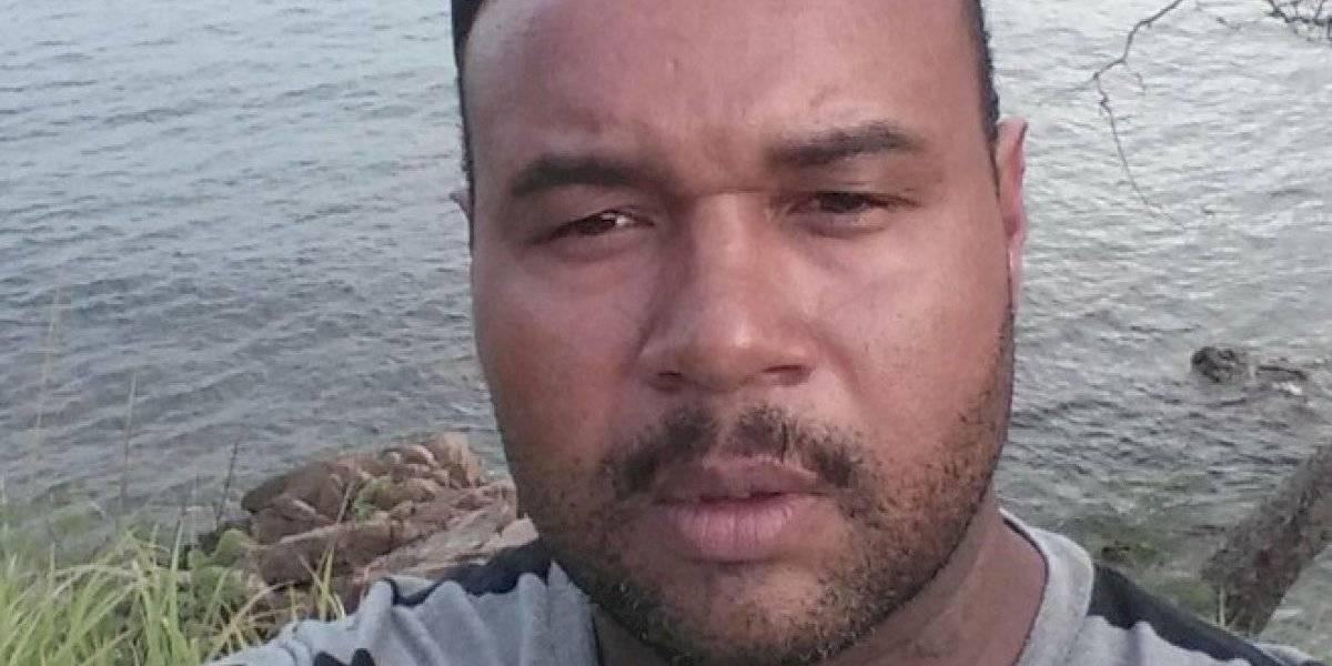 Policía sigue hoy búsqueda de agente sospechoso de matar a tres personas en el sur