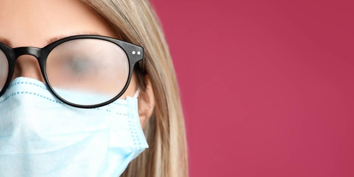 De algo que sirva: usar lentes reduciría el riesgo de contraer covid
