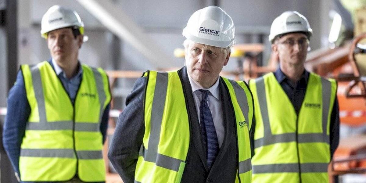 Primer ministro británico augura segunda ola de infecciones de COVID-19