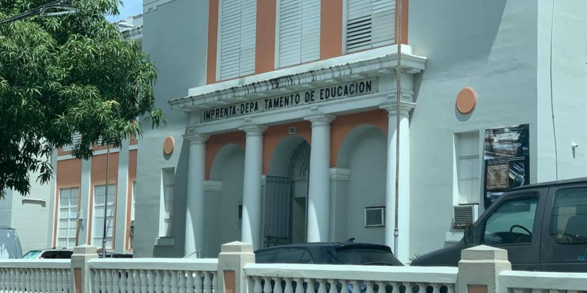 Limitada por huracanes y despidos la imprenta del Departamento de Educación