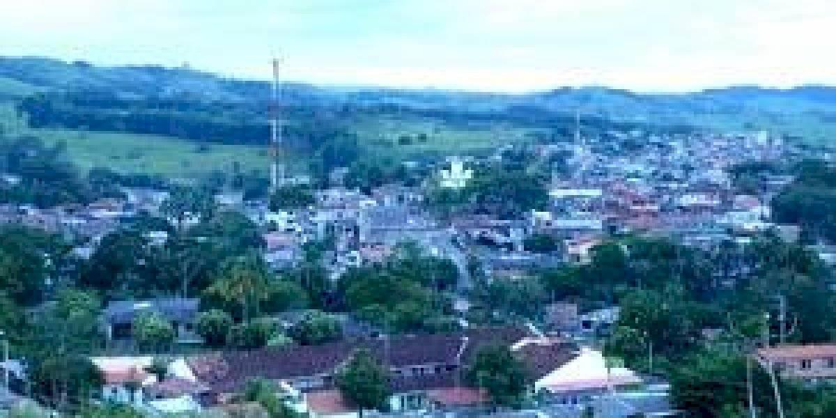Grupos ilegales no permiten el ingreso de alimentos a una vereda de Taraza, Antioquia