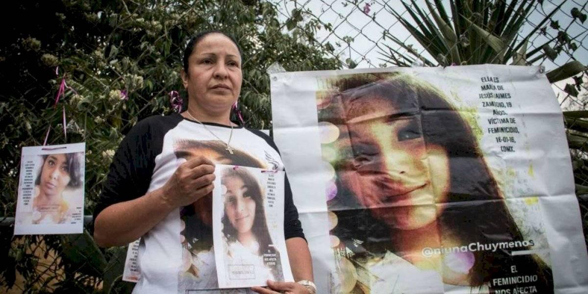 Yesenia Zamudio se retira de la toma de Derechos Humanos