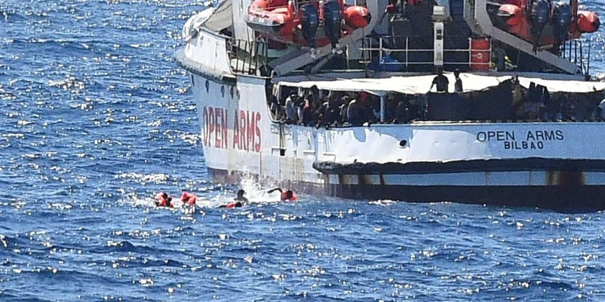 Otro barco de rescate atrapado en Palermo: llamado de auxilio de nave de Médicos sin Fronteras