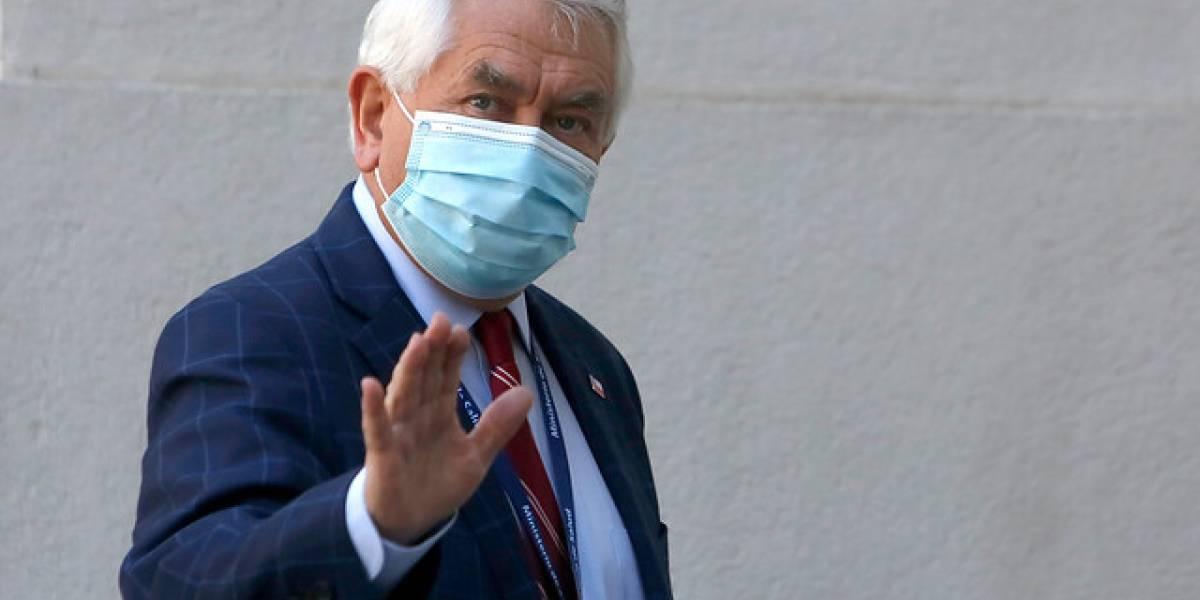 """Ministro Paris: """"Chile está en el primer lugar de testeos de PCR de Latinoamérica"""""""