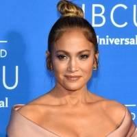 Jennifer Lopez enciende las redes con un bikinazo a sus 51 años que deja ver su irresistible figura
