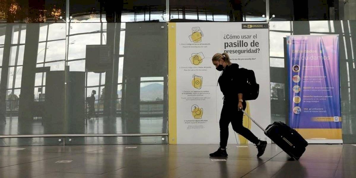 Extranjeros que lleguen a Colombia con COVID-19 serían multados y expulsados