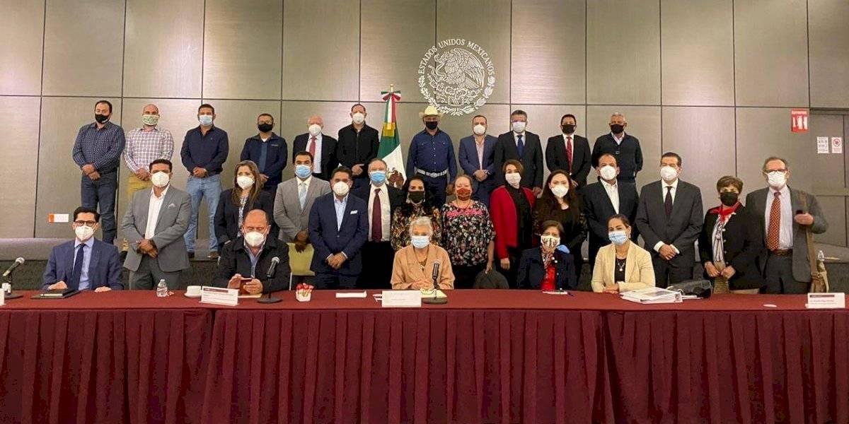 Establecen mesa de diálogo para resolver conflicto por Tratado de Aguas en Chihuahua