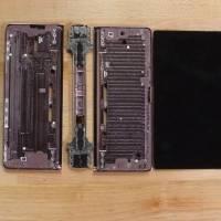 Video: Samsung™ Galaxy™ Z Fold dos es desarmado por completo y presenta sus entrañas