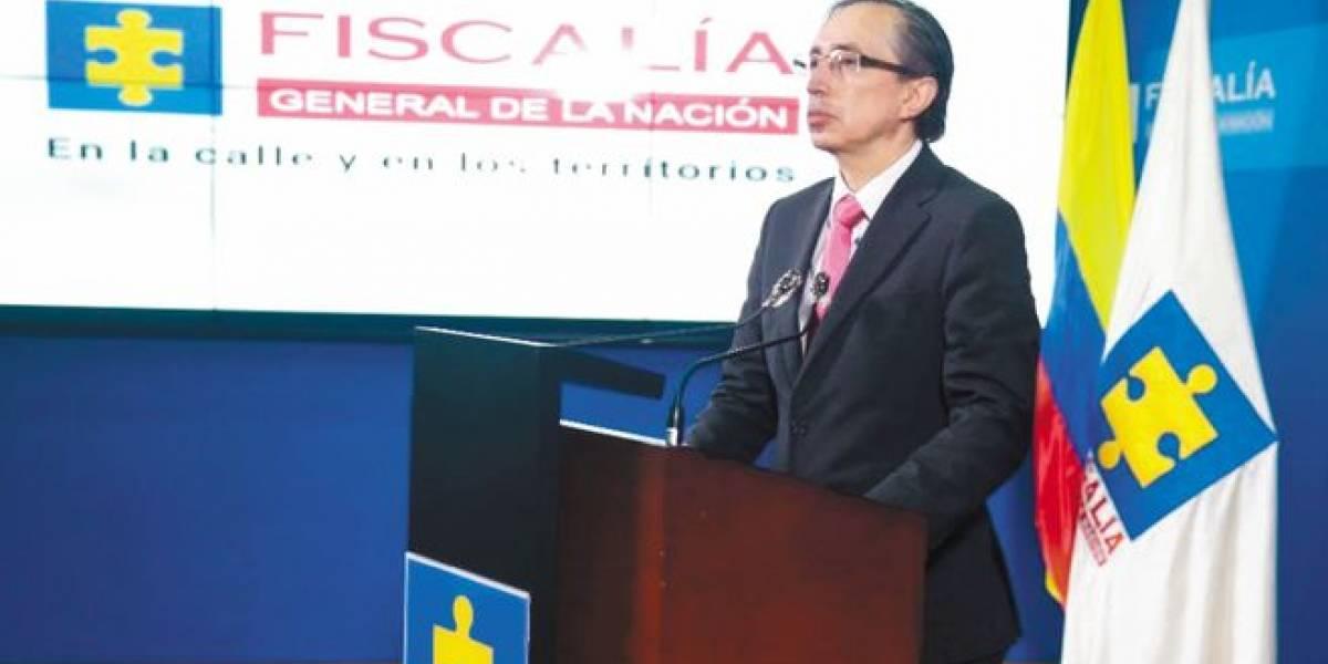 Fiscal del caso Uribe tiene una investigación preliminar en su contra en la misma Fiscalía
