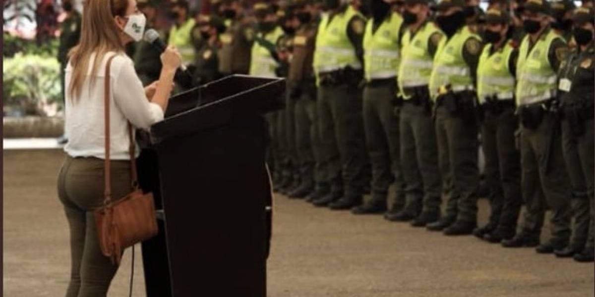 Polémica por exguerrillera que dictó un taller de derechos humanos a la Policía
