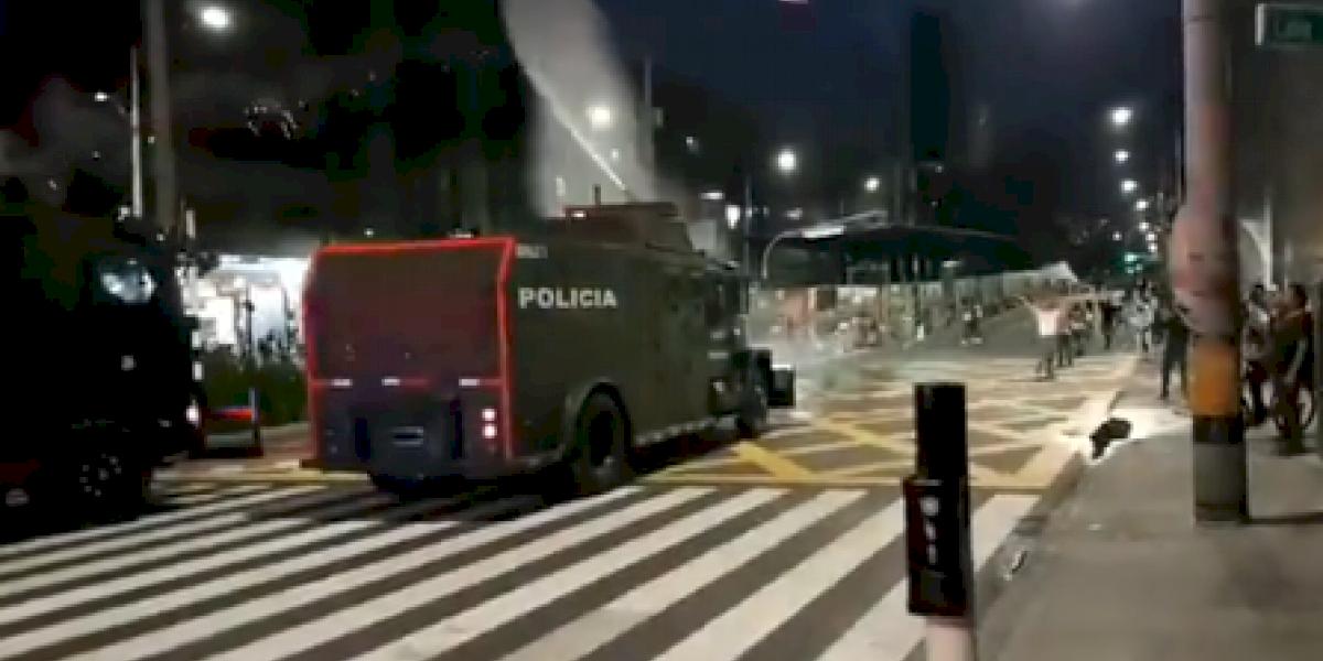 Infiltrados en las marchas pacíficas del lunes 21S en Medellín dejaron varios establecimientos afectados
