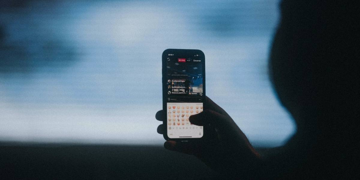 WhatsApp: ¿Puedo poner una hora de conexión falsa?