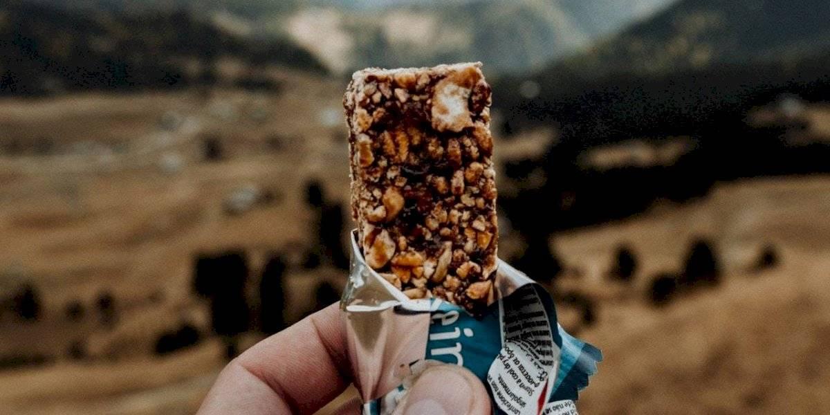 Prepare esta barra de cereal nutritiva para começar seu dia cheio de energia