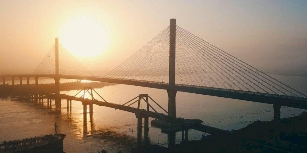 Joven perdió el equilibrio y murió al lanzarse del puente Pumarejo