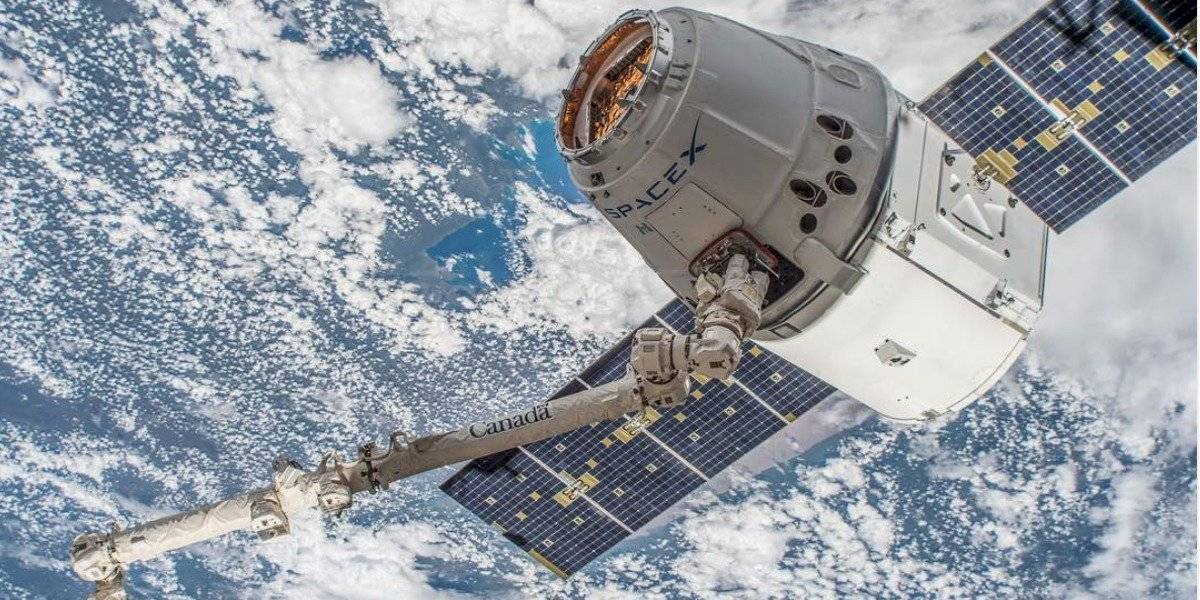 IFT negocia con SpaceX traer a México internet satelital de ultra velocidad