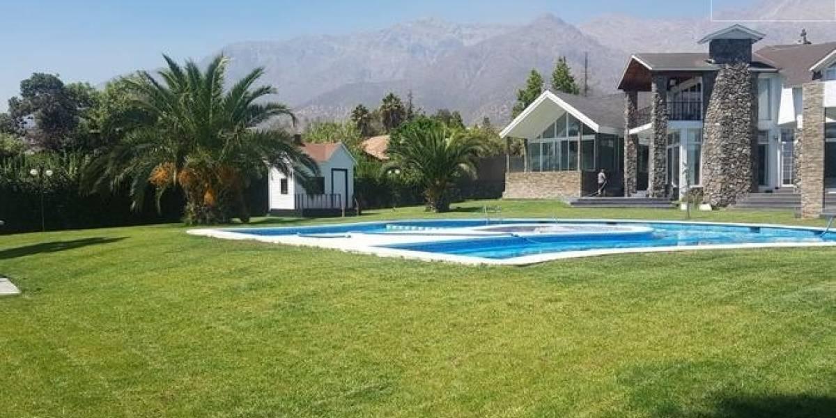 La lujosa casa que Arturo Vidal puso a la venta en Peñalolén: está avaluada en $1.500 millones
