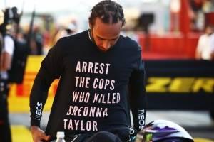 Lewis Hamilton defende manifestações antirracistas no esporte após reprimenda da FIA