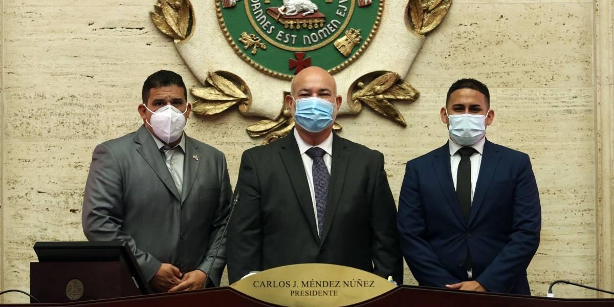 Juramentado el primer legislador abiertamente gay en Puerto Rico