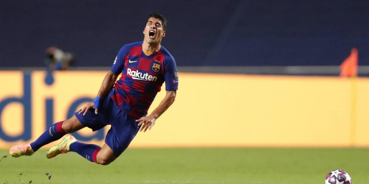 Un lloroso Luis Suárez se despide del Barcelona