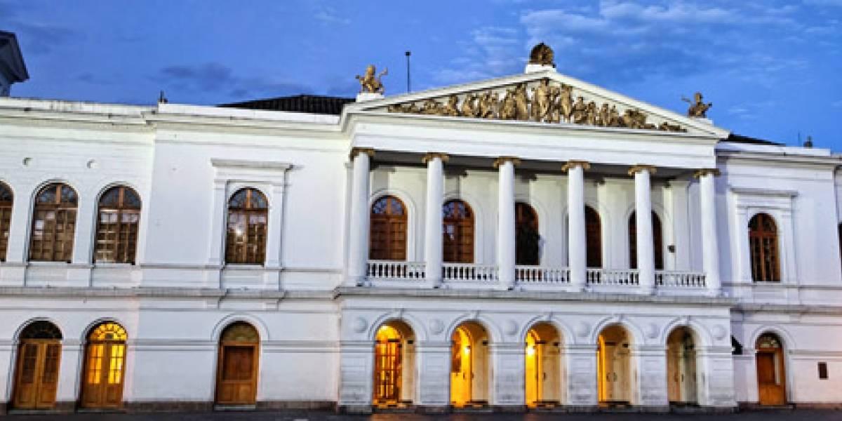 Volverte a Ver: Teatro Nacional Sucre retoma sus actividades presenciales con un homenaje a Gerardo Guevara