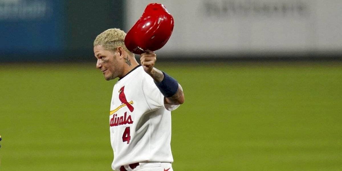Yadier Molina llega a los 2.000 hits en las Grandes Ligas