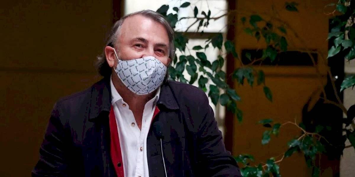 """""""Pido excusas a mi esposa y a la embajada italiana"""": Pepe Auth se disculpa tras confesar voto ilegal"""