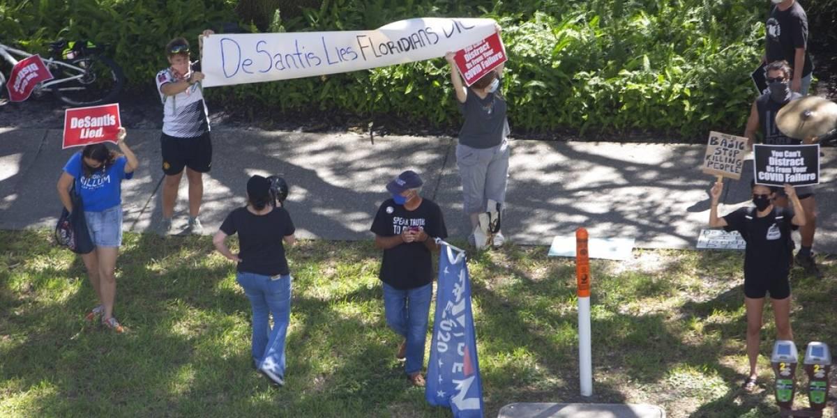Gobernador de Florida suspende todas las restricciones al comercio y prohíbe multas por no usar mascarilla