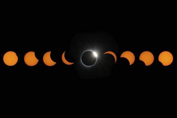Eclipse, Luna azul y lluvia de estrellas: estos son los eventos astronómicos que quedan en 2020