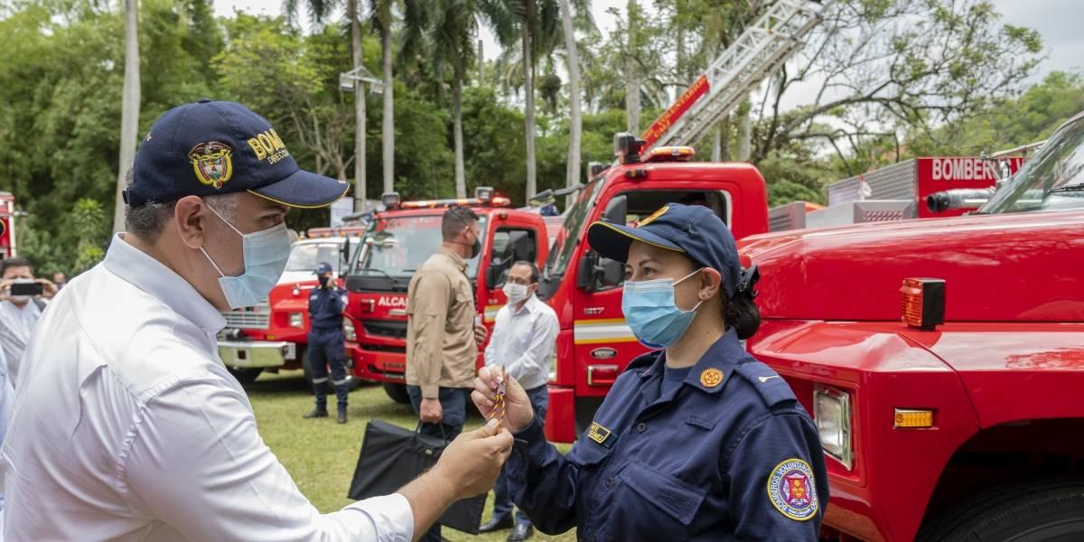 Presidente Iván Duque hizo propuesta para beneficiar a los bomberos de Colombia