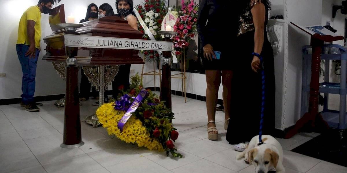 Imágenes de la dolorosa despedida de Juliana Giraldo, asesinada por soldado del Ejército
