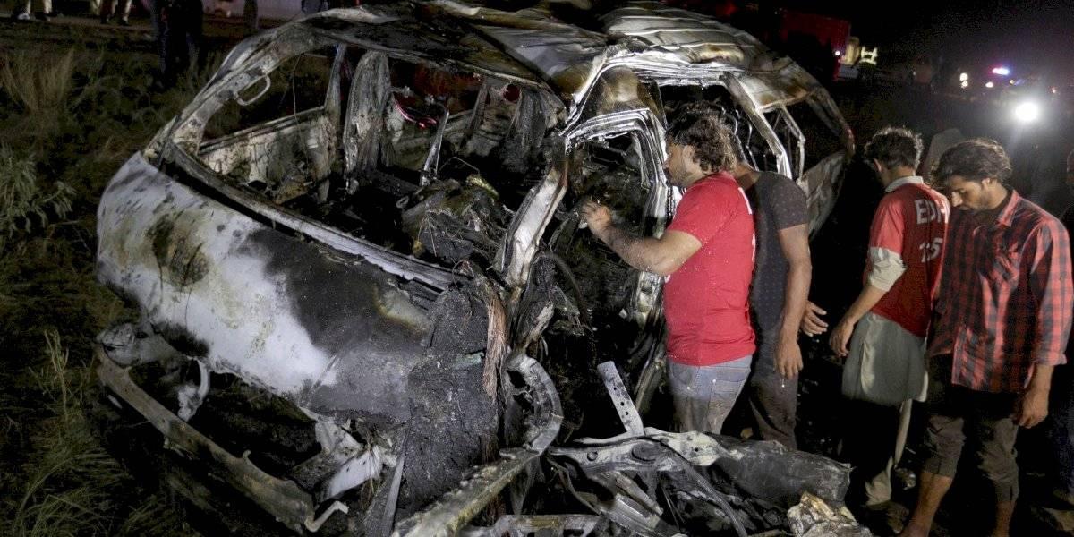 Unos 13 muertos en accidente de furgoneta en Pakistán