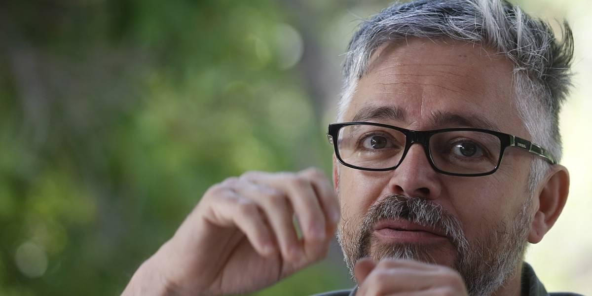 """Jorge Baradit y estreno de """"La historia secreta de Chile"""": """"El programa irá acompañando al Plebiscito y al proceso constituyente"""""""