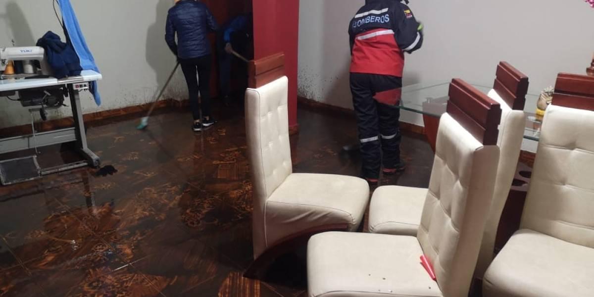 Lluvia causó estragos en el sur de Quito; varias casas se inundaron