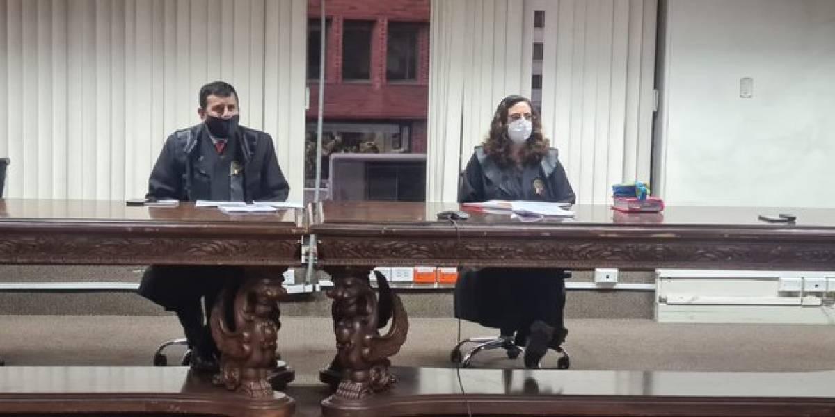 Seis años y 8 meses de prisión para exJuez de Azuay por abuso sexual contra una colega suya