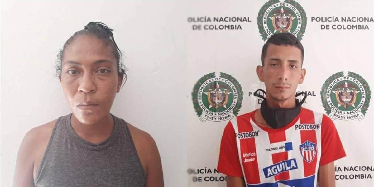 ¡Atroz! Capturaron a estos padres por quemarle el rostro a su hija