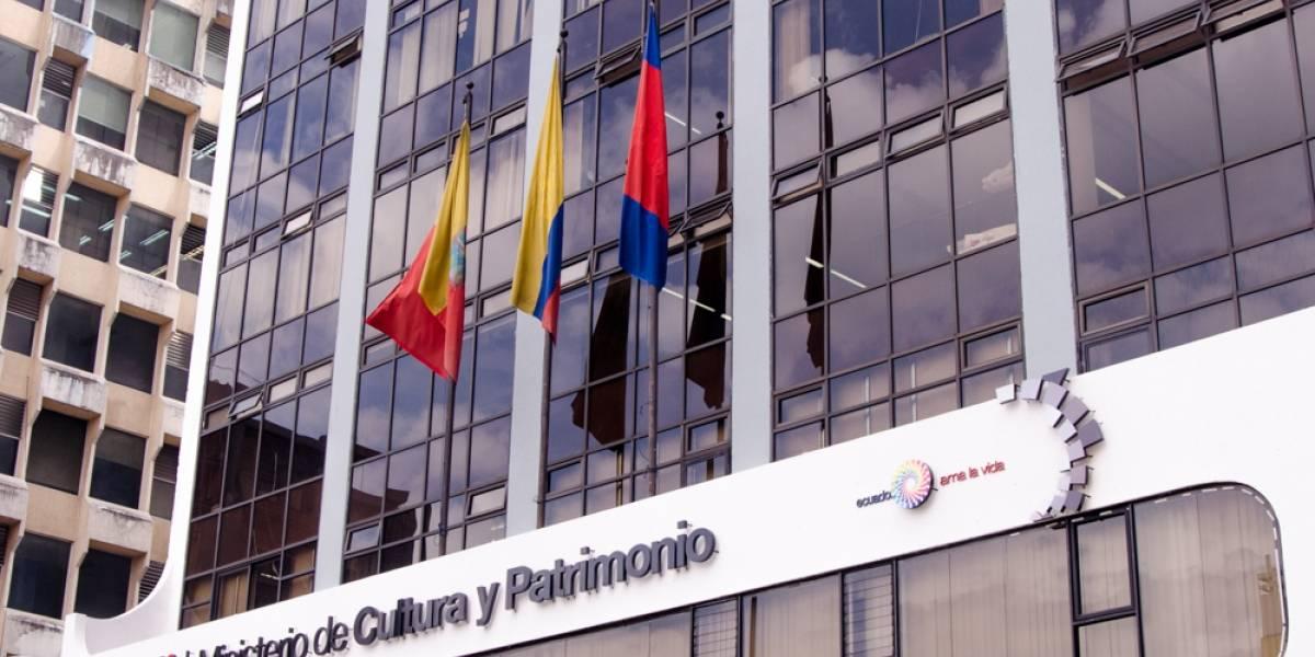 Lenín Moreno designa a Angélica Patricia Arias Benavides en el Ministerio de Cultura tras renuncia de Juan Fernando Velasco