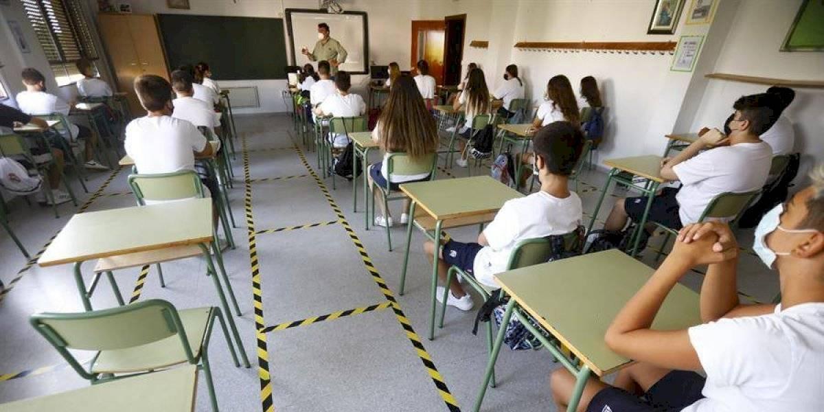 Gobierno aclara quién será el responsable del contagio de un niño en un colegio