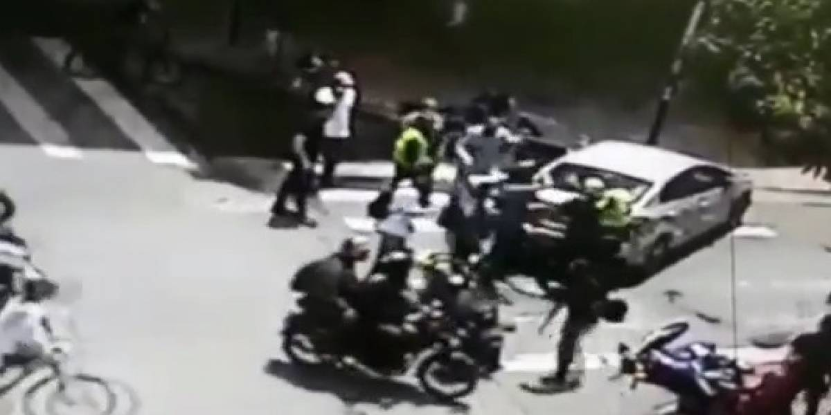 (Video) Accidente de tránsito terminó en una tremenda batalla campal