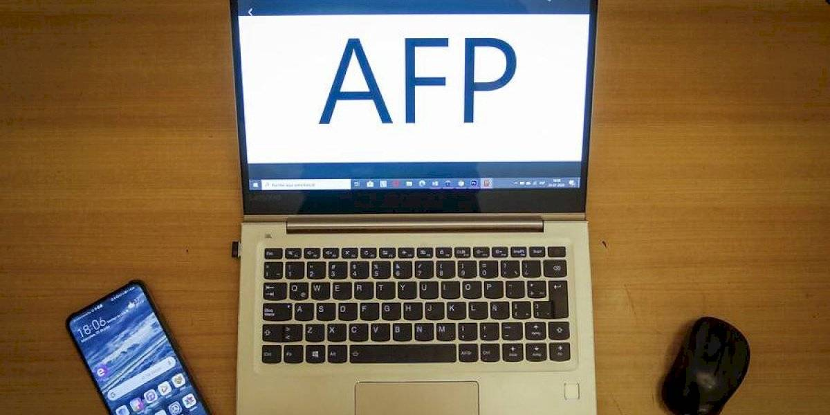 Dos diputados anuncian su apoyo a proyecto de tercer retiro del 10% de las AFP