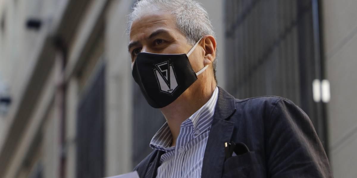"""Mario Aguilar: """"El Mineduc está desesperado y ha sido muy agresivo con el gremio"""""""