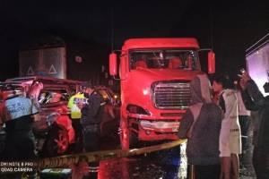 https://www.metroecuador.com.ec/ec/noticias/2020/09/29/fatal-choque-tanquero-furgoneta-camioneta-la-via-aloag-santo-domingo.html