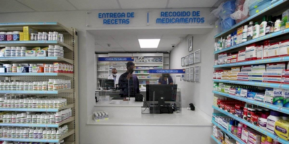 Inauguran la primera farmacia que tiene Culebra desde hace 10 años