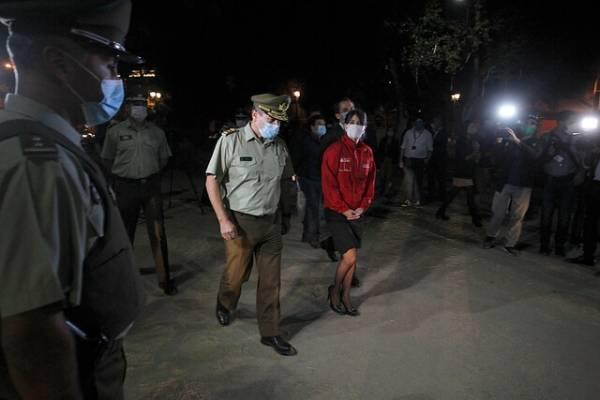 Un herido y dos detenidos: general de Carabineros repelió a balazos asalto y encerrona a su automóvil