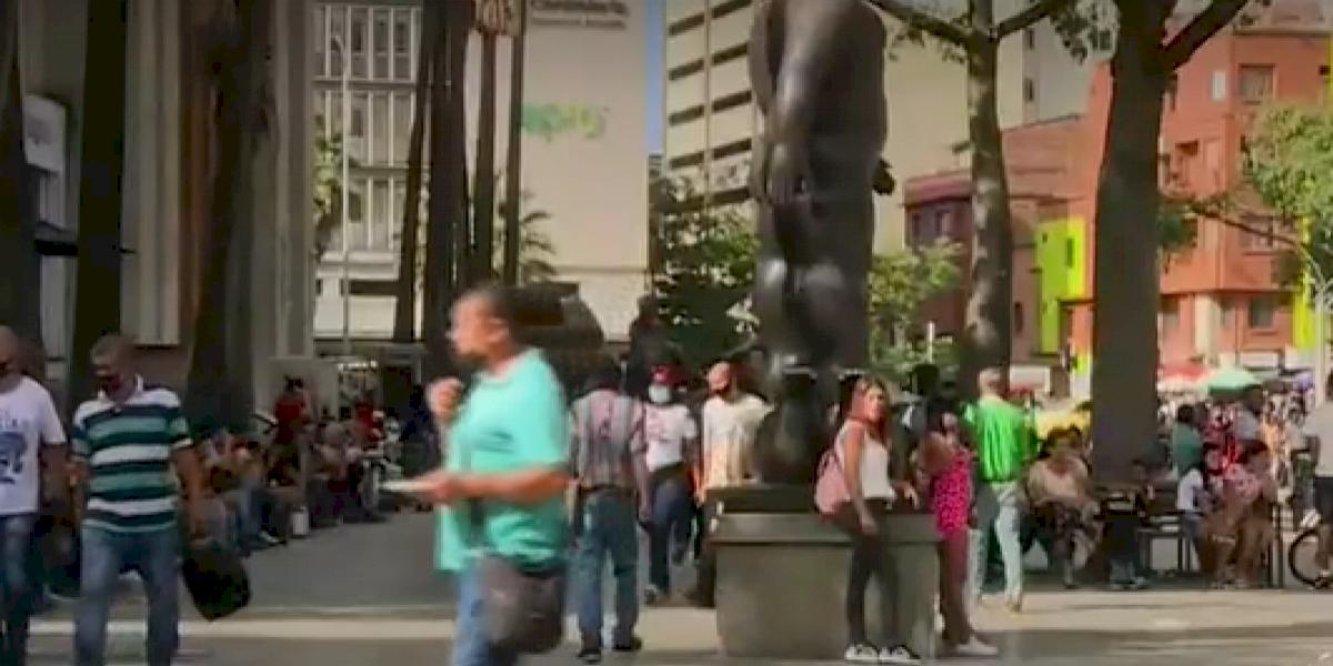 El 'Bronx' de Medellín dejaría ganancias mensuales a las bandas por más de $1000 millones