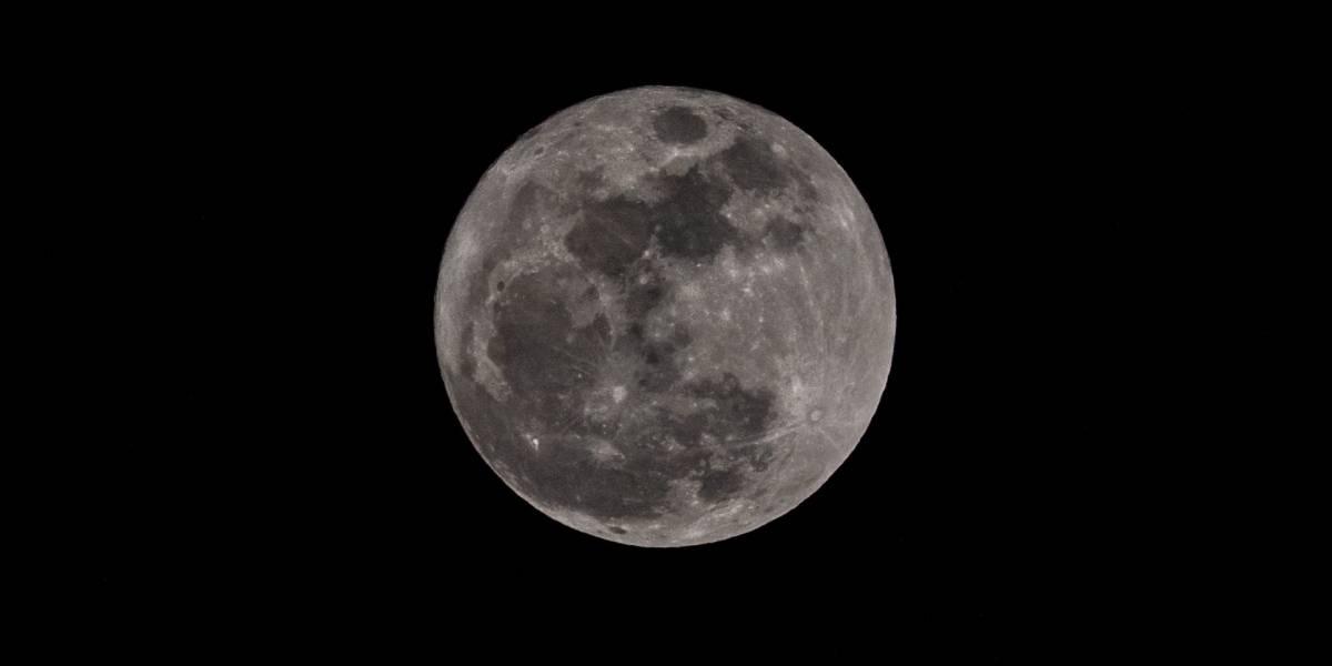 La NASA confirma que existe agua en la Luna y bolsas que pueden albergarla