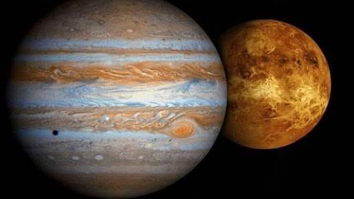 Venus y J